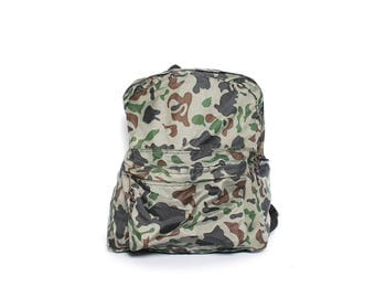 GREEN CAMO nylon 80s 90s BACKPACK unisex camping