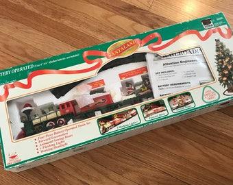 Santaland Express Logger Bears Christmas Train Set New In Box 7 ft loop lights