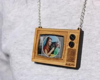 Retro Television Necklace tv lasercut necklace - Christmas Gift