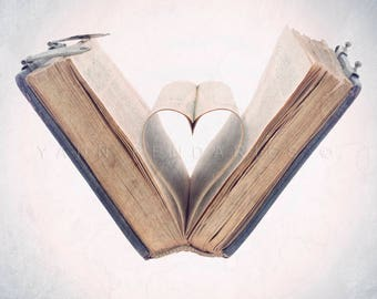 gift for her, mom gift for wife, wedding gift, I love books, Heart print, Love print, I love you print, Valentine, Book lover gifts