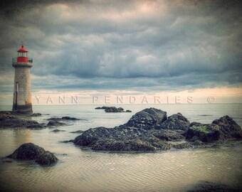 lighthouse, beach decor, cottage decor, seaside print, beach cottage decor, seaside decor, ocean photography, ocean print, sea decor