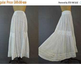 20% Sale - Edwardian Skirt 1900s White Dotted Swiss Cotton XS 21 inch waist, Vintage Antique Clothing