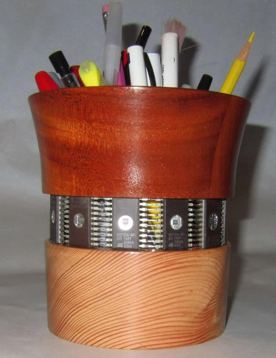 Pencil Holder – PH10 – Integrated Circuits with Douglas Fir and Mahogany – 48-17