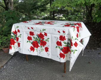 Vintage WILENDUR Tablecloth Red Roses Table Cloth 52x54 Mid Century Table Cloth Picnic Tablecloth Farmhouse Kitchen Cottage Style