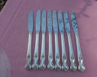 MAGNOLIA Silver Plate Dinner Knives Set of 8 Silver Knives Vintage Silverplate Flatware Wedding Decorations Table Decor