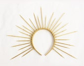 Gold Halo Crown with Pearls and Swarovski Crystals, Gold Spike Crown, Bridal Crown, Crown Headband, Halo Headpiece, Virgin Mary Costume