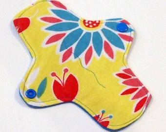 7 inch Reusable Cloth winged ULTRATHIN Pantyliner - Cotton flannel top - Bright Floral