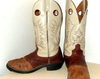 Vintage Cowboy Boots size 10 D or cowgirl size 11.5 -- nicely broken in