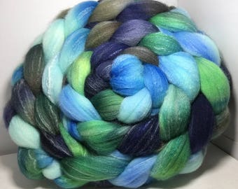 Targhee Silk Bamboo 80/10/10 Roving Combed Top - 5oz - Bird is the Word 1