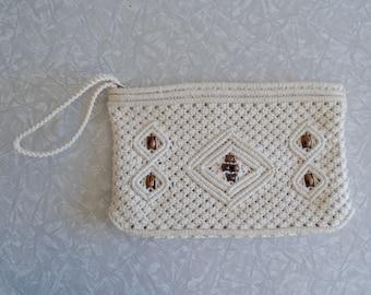 crocheted clutch purse, vintage crocheted clutch, macrame handbag, ivory cord, wooden beads, bohemian boho festival hippie bag, wrist strap
