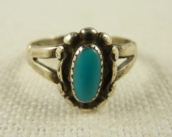 Size 6.5 Vintage Bell Trading Post Sterling and Turquoise Native American Ring
