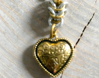 Gold Heart and Chainmail Necklace