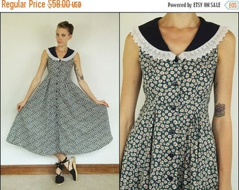 SUMMER SALE Vintage 90s does 50's Floral Cotton Peter Pan collar Daisies Preppy Dolly Flared Maxi dress S M