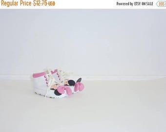 SALE // Vintage Minnie Mouse Shoes
