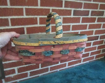 Vintage Ash Splint Eastern Woodlands Native American Indian Berry Basket with Lovely Aged Patina