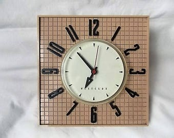 Vintage Mid Century Westclox Wallmate Electric Clock Beige & Black