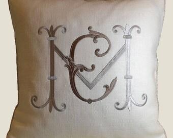 embroidery custom monogram wedding pillow sunbrella linen bridal shower padrino madrina de cojines