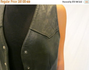 40% OFF The Vintage GAP Leather Vest