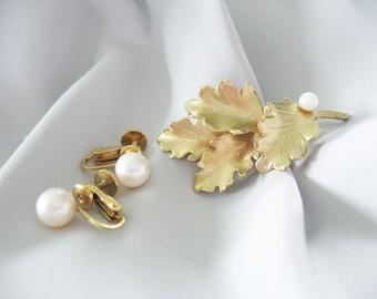 Oak Leaf Brooch, Earrings, Genuine Pearls, Gold Filled, Well's, 1970s, Screw Backs, Jewelry Set, Real Pearls, Creme