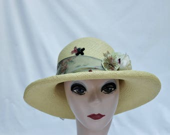 Panama Straw Sun Hat / Creamy Light Green  Panama Straw 3 1/2 Inch Rollled Brim Hat / Panama Straw Hat From Ecuador