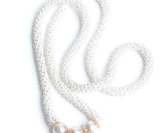 Faux Pearl Woven Necklace Long Flapper Style Gold Tone Accents