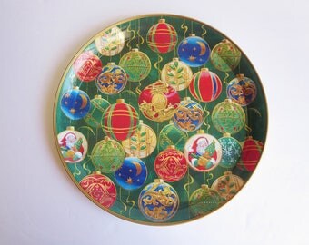 Vintage Christmas Serving Tin Tray - Christmas Ornaments Snack Cookie Round Tray
