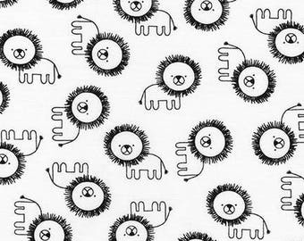 Robert Kaufman Fabric Penned Pals Lions in White by Ann Kelle, Choose your cut