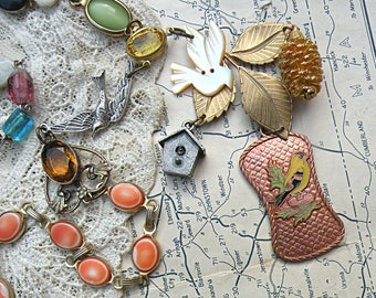 eclectic bird necklace assemblage upcycled vintage jewelry random mix link recycled objects summer fields