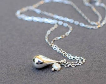 Handmade Sterling Silver Teardrop Necklace, Sterling Silver Necklace, Teardrop Necklace, Freshwater Pearl Necklace, White Pearl, N022