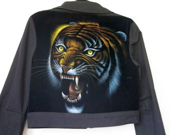 Tiger Velvet Painting Jacket / Cropped Black Jacket Sz L