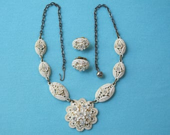 Necklace & Earrings Set 1950s Molded Floral Cream Plastic Clear Rhinestones