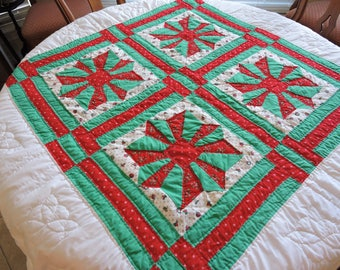 Vintage Hand Quilted Christmas Tablecloth Table Topper Table Cover Round Red Green And White