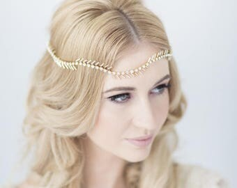 Onda bridal halo headdress