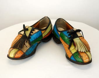 1970s womens golf shoes patchwork leather multi colored golf shoes Size 7 B