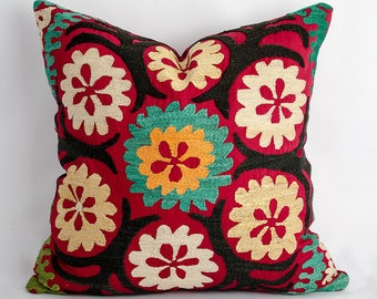 Suzani pillow cover, pillowcase, vintage pillow, suzani. bohemian, cushion case, accent pillow, decorative cushion