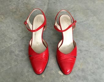 red leather shoes | ankle strap pumps | 80s high heel | 1211608