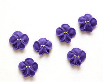 Small Royal Icing Violets to Decorate Cupcakes and Cakes (12)