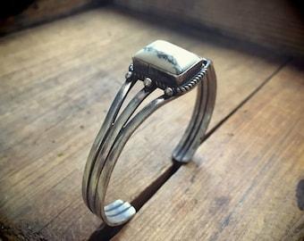Vintage white howlite and silver cuff bracelet Southwestern jewelry