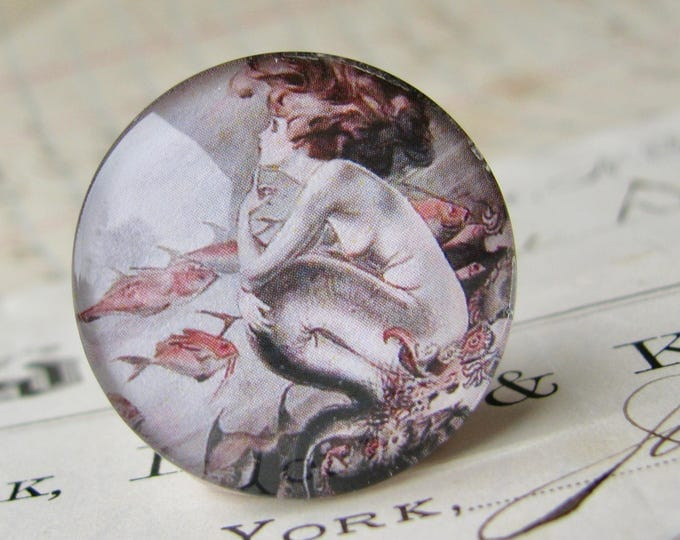 Vintage illustration, comic book art, mermaid,  25mm round glass cabochon, 1 inch circle, bottle cap size, Magical Maidens collection