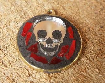 Skull mosaic mirrored pendant