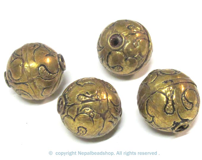 10 BEADS -  Large size 19 - 20 mm Tibetan brass floral repousse antiqued golden tone beads from Nepal -  BD796K