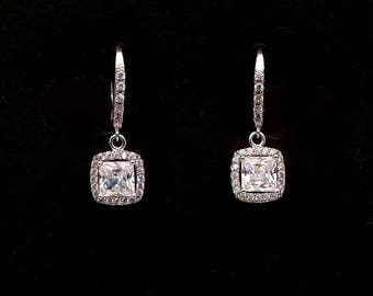 bridal wedding jewelry bridesmaid gift Clear white square princess cut cubic zirconia drop on cz click style hoop rhodium silver earrings