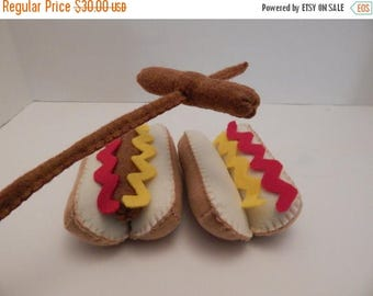 ON SALE Hot dogs with mustard felt food plush toy- set of two with roasting sticks