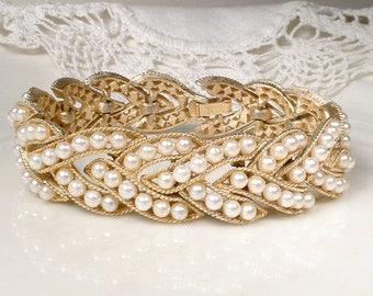 CROWN TRIFARI Gold Pearl Bridal Bracelet, Ivory Pearl Wide Link Statement,Designer Signed 1950s Vintage Modern Wedding Jewelry Something Old