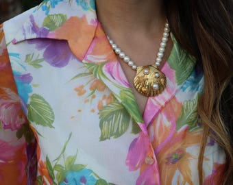 Vintage Marvella Mermaid Faux Pearl Necklace With Large Gold Tone Shell Decorated Sea Theme Pendant