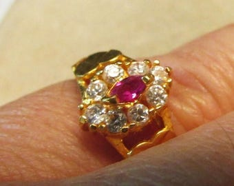 On Sale Vintage Estate Dainty 22K Yellow Gold with  Rubellite  and Cubic Z Ring