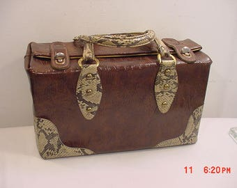Vintage Naugahyde Faux Alligator Bag  17 - 1176