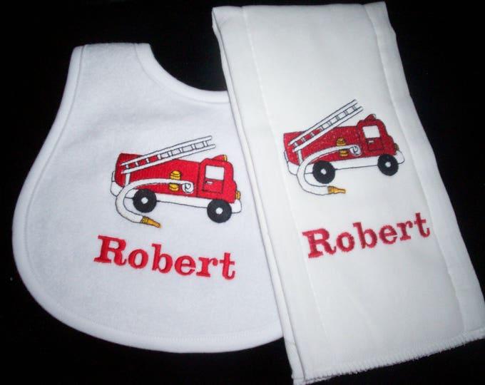 Fire truck personalized baby bib and burp set - Fire fighter baby bib - embroider baby fire truck bib - fireman baby burp cloth - fire truck