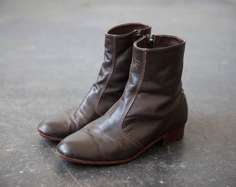 Vtg Brown Leather Chelsea Flat Boots Ankle 9 US womens