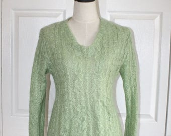 SALE 1960s 70s MOHAIR Sweater . Vintage Light Green Cable Knit Pullover Sweater . Fabulous Condition . Size Small